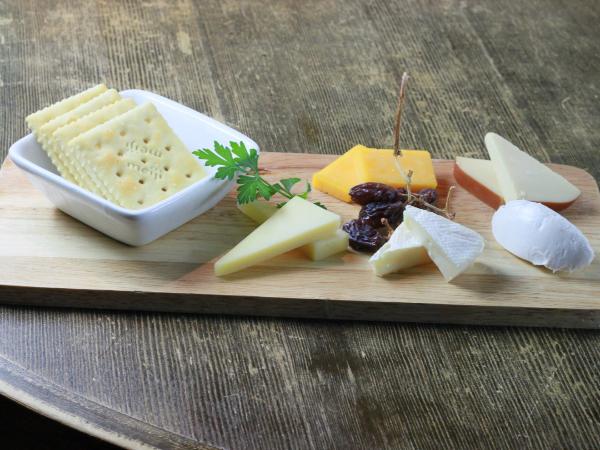 チーズのカロリーは高い?低い?ダイエット中は太る?