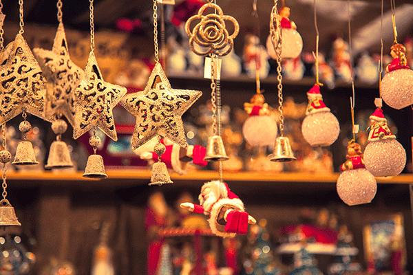 クリスマスパーティーを最高に盛り上げるための演出いろいろ