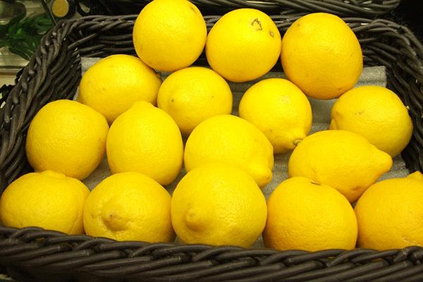 防カビ剤などの農薬はすべての輸入レモンに?